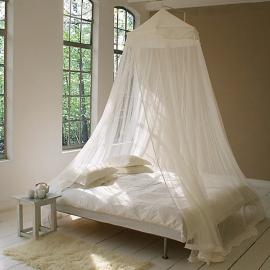 Large screened mosquito net