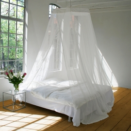 Large screened mosquito net